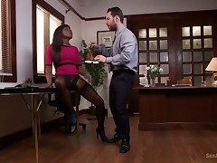 Ebony Boss Slut Gets the Tables Turned
