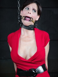 There is no reason for us to spend our time gushing about Syren De Mer. She is a true professional..