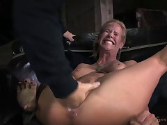 MILF roughy fucked by black cock